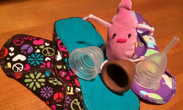小さなカップが人生を変える!…かもしれないっ! 月経カップ寄付、始めます!