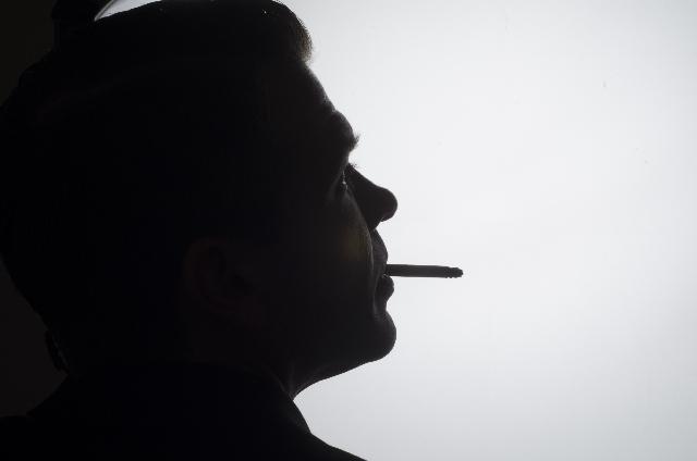 ドラマや映画にみる、性の多様性と喫煙シーン