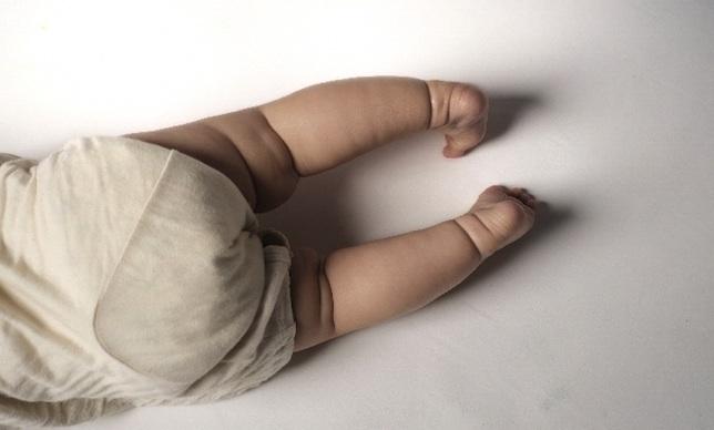 裁かれるのは「母性」だけ? 厚木の白骨化した男の子の事件と、大阪二児置き去り死事件。